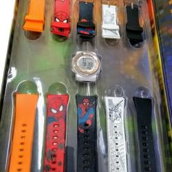 Relógio Mariner Hg Troca Pulseiras Infantil Homem Aranha - Multicolorido - Prateado